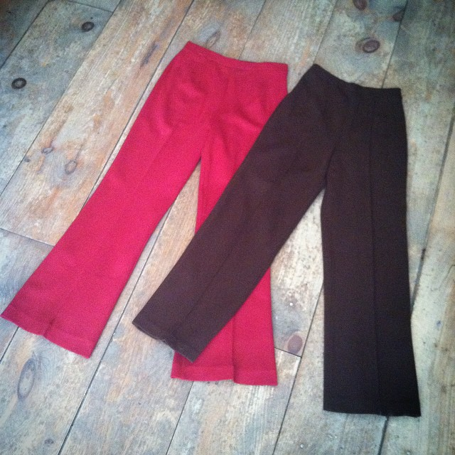 """These vintage trousers are my life!"" Quote by #totalbabe @natalieoffduty Only have these 2⃣ pairs left guys ✔️ #vintage #1960s size 2 & 4 available $45 #antoinettevintage #madeinusa #oneofakind #ootd #williamsburg #brooklyn #antoinettevintage (at Antoinette)"