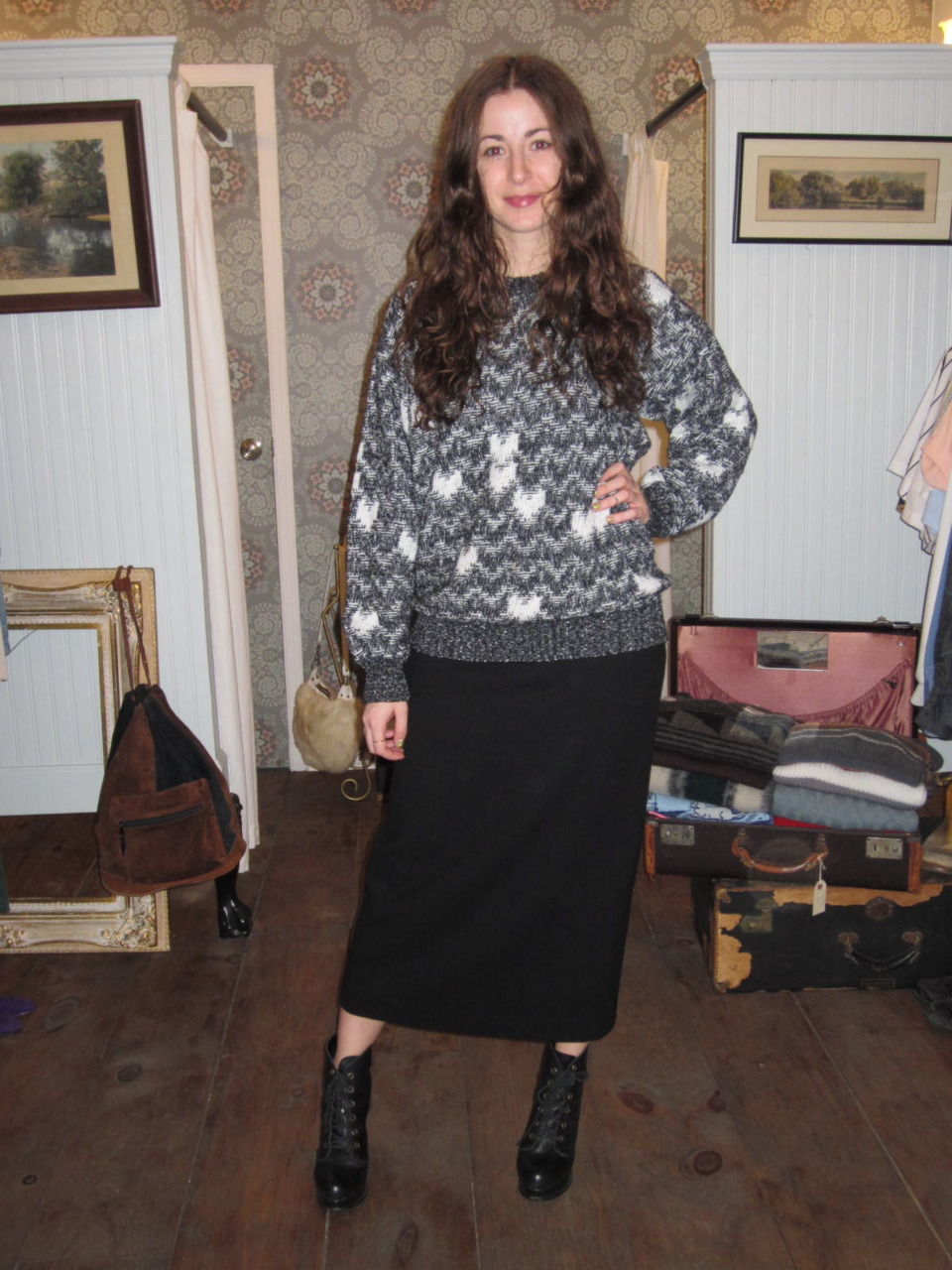Stacie from Scosha looking fabulous (as always) in this marled sweater & maxi wool skirt…all purchased from antoinette!