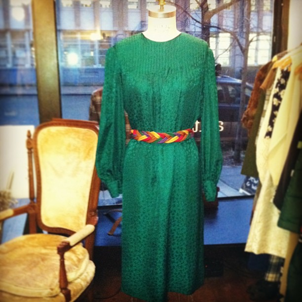 #pantone color of the year is Emerald! …#Vintage B.Altman 100% Silk dress $68 , Rope braided belt $55 (at Antoinette)