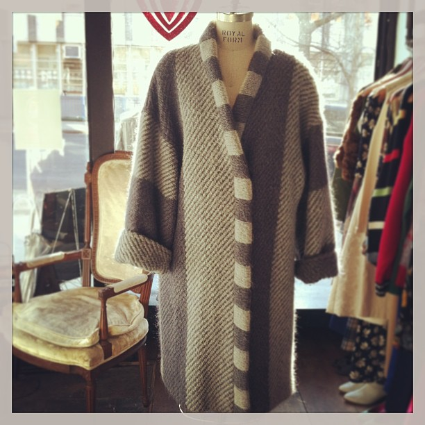 It's gonna be cold this week! Keep warm & cozy in this #vintage cocoon coat $100 One size fits all (at Antoinette)