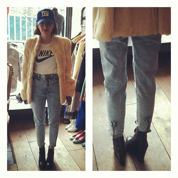 @makinglucas couldn't wait to wear her #vintage stone wash denim so she wore them out of the shop  (at Antoinette)