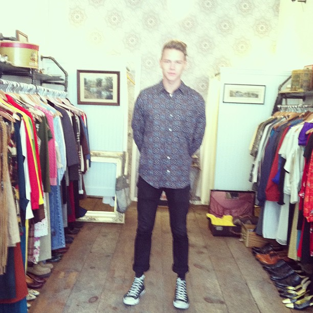 Adin from Australia popped in to buy this #vintage Men's top…sure does look good on him ladies doesn't it? (at Antoinette)