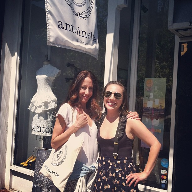 The beautiful @marahoffman popped in for a pair of shoes @vintagecrawl (at Antoinette)