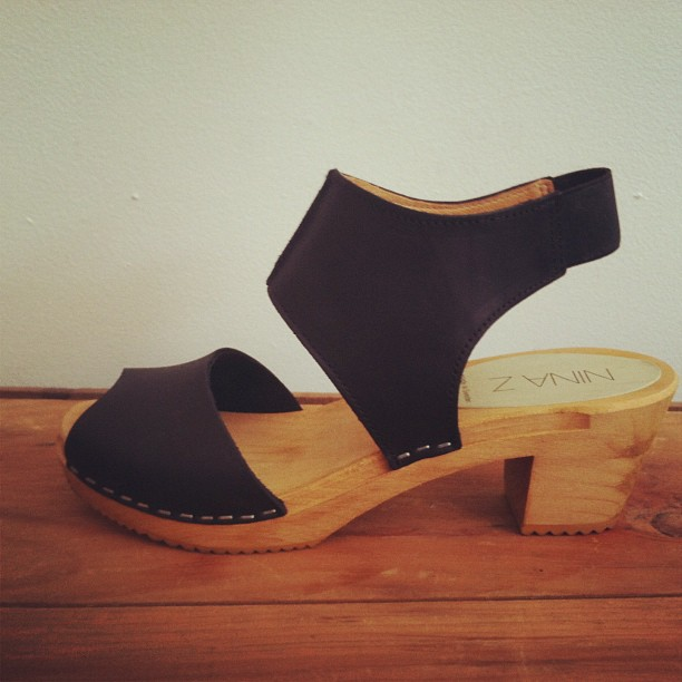Just got another reorder in these bad boys for the shop sizes 36-41…come & get em! #NinaZ #clogs  (at Antoinette)