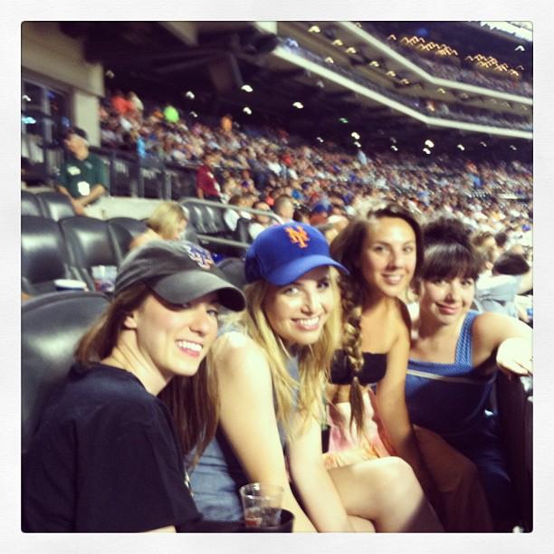 #BaseballBabes #LetsGoMets (at Citi Field)