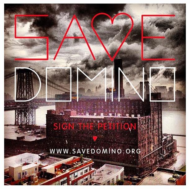 #regram from @savedomino Sign the petition at SAVEDOMINO.ORG #LetsKeepSomethingLeftinWilliamaburgFortheCommunity #brooklyn #williamsburg #SaveDomino  (at Antoinette)