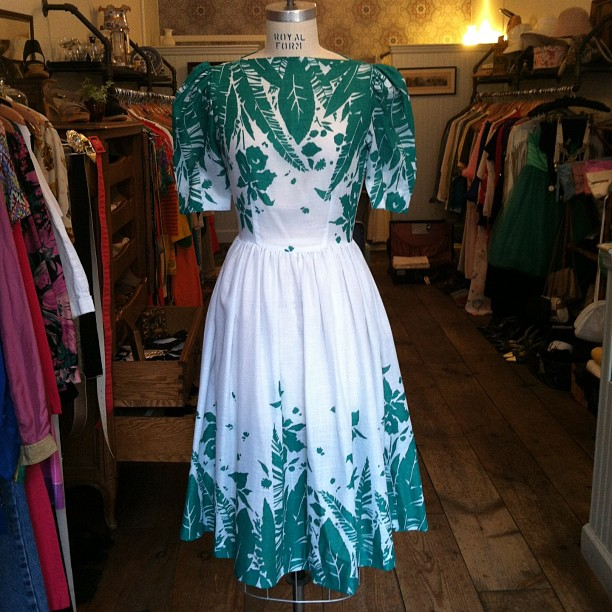 Gorgeous #vintage 1980's #MelissaPetites dress $65 Size 6 #madeintheusa #antoinettevintage (at Antoinette)
