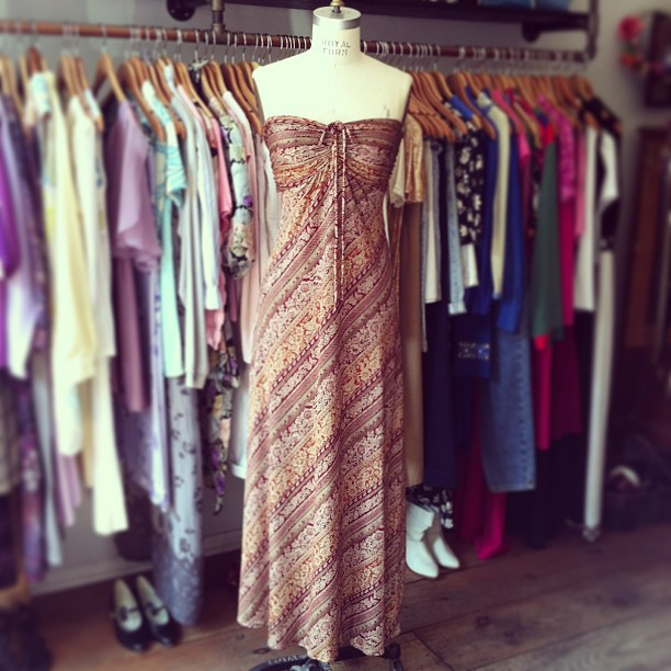 Perfect dreamy August guest-of wedding dress Vintage 1970's size S $70 #antoinettevintage  (at Antoinette)
