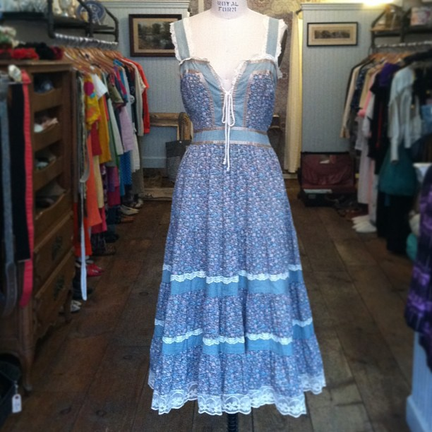 Still don't know how we got our hands on this one! #vintage 1979/80's #GunneSax #JessicaMcClintock $80,  tag reads vintage size 13 (modern day 6/8) #madeinusa #antoinettevintage  (at Antoinette)