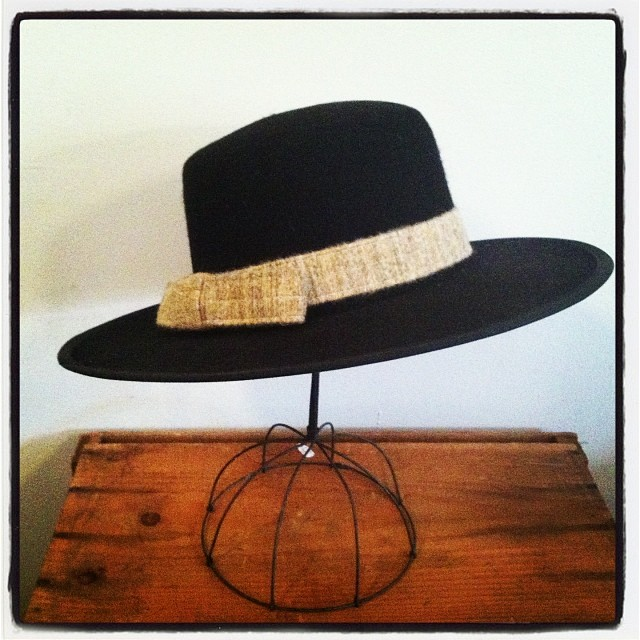 This #vintage 1980's #gaucho style hat is everything! #TheLancasterCollection #Hang-ups #1983 size 6 7/8 $80 #antoinettevintage (at Antoinette)