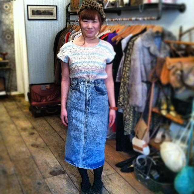 #Kawaii #antoinettebabe alert! Azusa is modeling her #vintage #1980s outfit she put together & is taking back to Japan ❤️✈️🇯🇵👌 #antoinettevintage #japan #japanstyle #brooklyn #williamsburg #ootd #streetstyle  (at Antoinette)