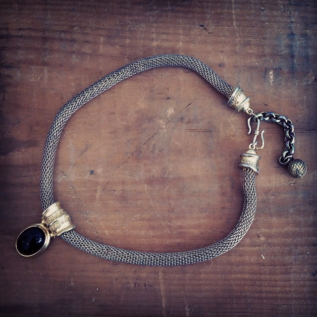 This #vintage 1970's Viking rope chain choker just came in the shop! $55 #antoinettevintage #madeintheusa #brooklyn #williamsburg #vintagejewelry (at Antoinette)