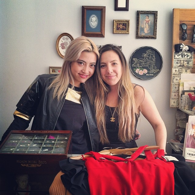 Total Babe @alisaueno stopped by the shop today to do some vintage shopping …can't wait to see how she rocks it! 💘💘💋💋#antoinettevintage #antoinettebabe #alisaueno #kawaii #brooklyn #williamsburg #BrooklynLovesAlisa #ALISA (at Antoinette)