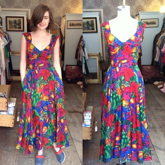 One of our fave #antoinettebabes popped in the shop to model for you babes this #vintage #1980s cotton maxi dress size S $75 #madeinusa #oneofakind #nofilter #antoinettevintage #williamsburg #brooklyn #springstyle #ootd #vintagedress #thriftandstyle  (at Antoinette)