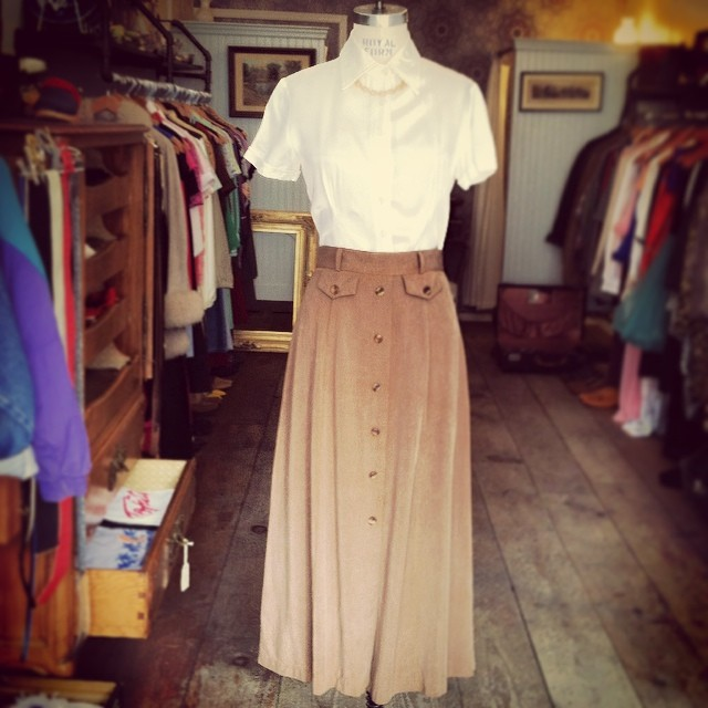 Vintage simplicity at it's best! Early 90's top by #NecessaryObjects size S $45 & maxi skirt by #Initiatives size 4 $50 #madeintheusa #antoinettevintage #vintage #brooklyn #williamsburg #ootd  (at Antoinette)