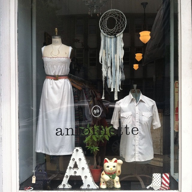 America you're such a babe! Wishing everyone a Happy Independence Day…Antoinette will be closed tomorrow for the July 4th holiday 🇺🇸🗽🏦🎇 #independenceday #williamsburg  #nyc #brooklyn #usa #happybirthday #america (at Antoinette)