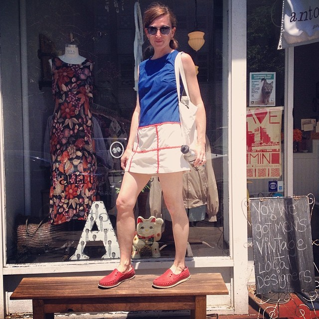 Check out the hottest Mom on the block Gretchen in her #vintage #1960s dress she scored at the shop! #antoinettevintage #madeinusa #oneofkind ootd #williamsburg #brooklyn #thriftandstyle  (at Antoinette)