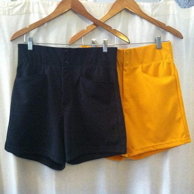 These #vintage late #1970s shorts were intended for dudes but their high waist & fit are more for ladies…size approx. 4 $55 #antoinettevintage #summerstyle #madeinusa #oneofakind #ootd #williamsburg #brooklyn #thriftandstyle  (at Antoinette)