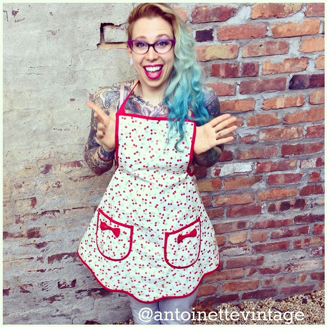 We were hoping someone really special scored this #vintage apron off the sale rack & boy are we excited it's the one & only @bettyrosetattoos 😻😻  #antoinettevintage #vintageapron #tattoobabe #williamsburg #brooklyn #regram (at Antoinette)