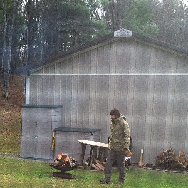 It's in the 30's up here today & all this guy wants to do is be outside …I'm content right here watching through the window with the inside fire 🔥 #upstatelife #mymountainman (at The family house upstate)
