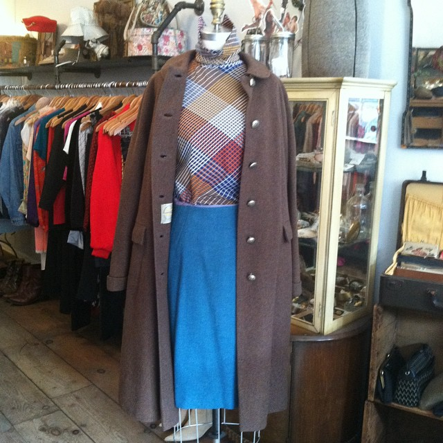 Layering up the decades today in the shop ✨  #vintage #1950s coat $100 #1960s skirt $50 #1970s top $40   #antoinettevintage #madeinusa #oneofakind #ootd #williamsburg #brooklyn  (at Antoinette)