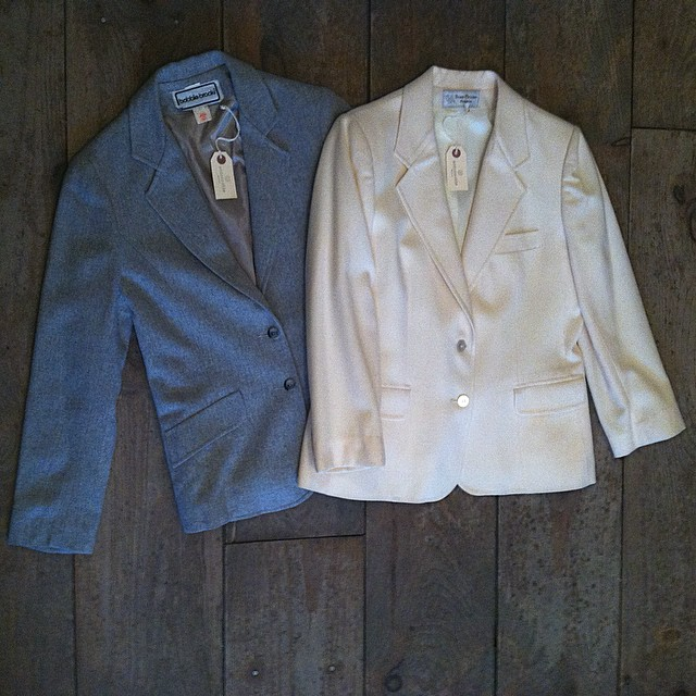These silk lined beauties are the perfect layer for any holiday outfit 💫 #vintage #1980s #1990s blazers by #EvanPicone & #BobbieBrooks size S/M $65 #antoinettevintage #madeinusa #oneofakind #ootd #williamsburg #brooklyn #shoplocal                                                 *This month bring a new, unwrapped toy for a child in need & get 30% off Vintage   #ToysForTots (at Antoinette)
