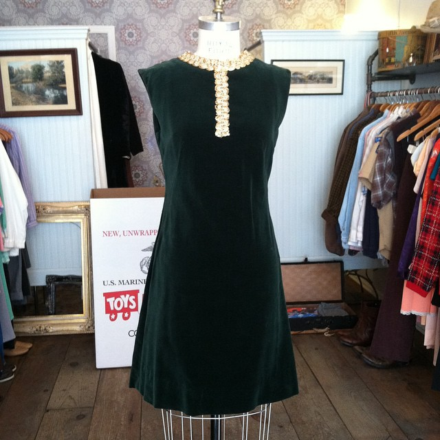 Putting this holiday beauty in the window today 🎄✨🎄   #vintage #1960s velvet size XS $85   #antoinettevintage #madeinusa #oneofakind #ootd #williamsburg #brooklyn #shoplocal   .  *This month bring a new, unused toy for a child in need & get 30% off Vintage #ToysForTots (at Antoinette)