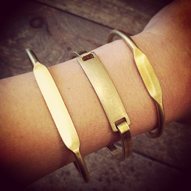 Today marks 2 weeks before XMas & these custom brass ID bracelets make the perfect gift 🎅🎄 $20 each *Includes custom stamping (up to 10 characters on larger one)  #antoinettevintage #shoplocal  #williamsburg #brooklyn #thriftandstyle    *This month bring a new, unused toy for a child in need & get 30% off #Vintage #ToysForTots (at Antoinette)