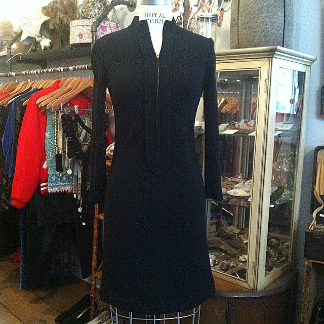 This is one killer LBD 💥🔫  #vintage early #1970s knit dress by #Leetex size S $80  For the month of January take 20% off all Vintage ✨  #antoinettevintage #madeinusa #ootd #oneofakind #williamsburg #brooklyn #nyc #shoplocal #shopsmall  (at Antoinette)