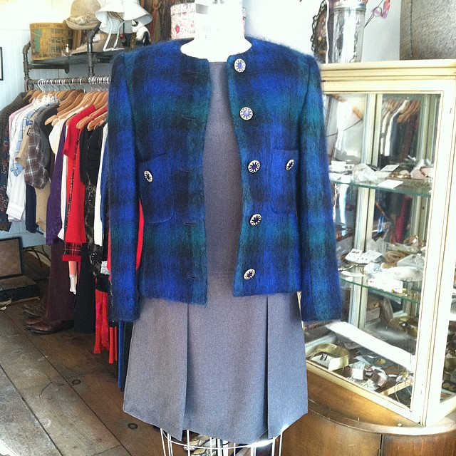Everything about this outfit makes us smile (while keeping warm in single digit #NYC weather) ❄️🔥  #vintage #1990s jumper dress by #NoExcuses size M $58 & #1980s cropped blazer by #Saks5thAvenue size 4 $60  //  All Vintage is 20%off for the month of January! (at Antoinette)