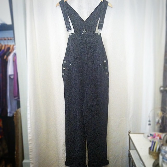 Unbelievably perfect in every way 🙌 #Vintage #1990s overalls by #SqueezeDenim size M $80  (at Antoinette)