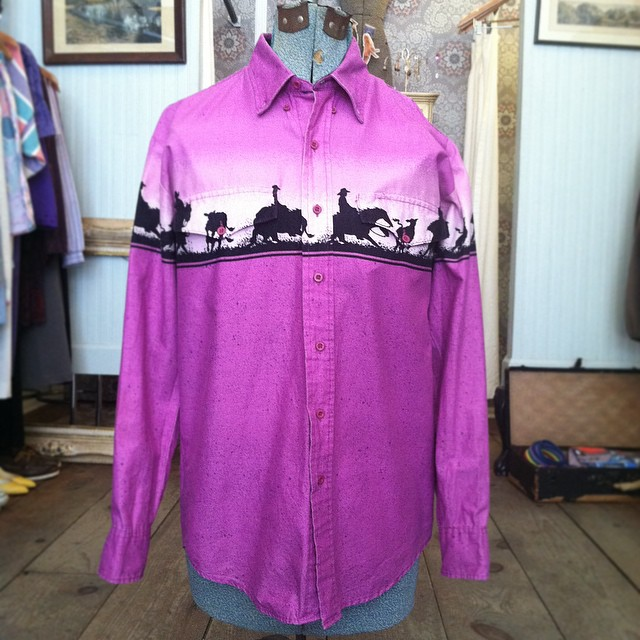 Giddy-Up dudes 🐎 #Vintage #1980s western shirt by #Roper size M $40 #WednesdayMensday  (at Antoinette)