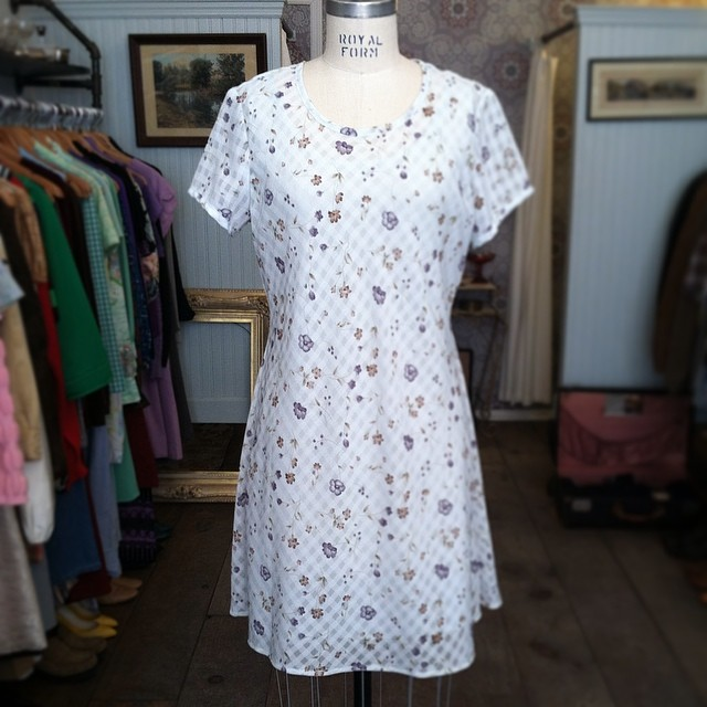 "Pair this Spring Vintage Early 90's number by ""DBY"" w/some doc's & you have the perfect outfit! Size M/L $52 #vintage #antoinettevintage #1990s #DBY #madeinusa #oneofakind #brooklyn #williamsburg #ootd #streetstyle #Spring  (at Antoinette)"