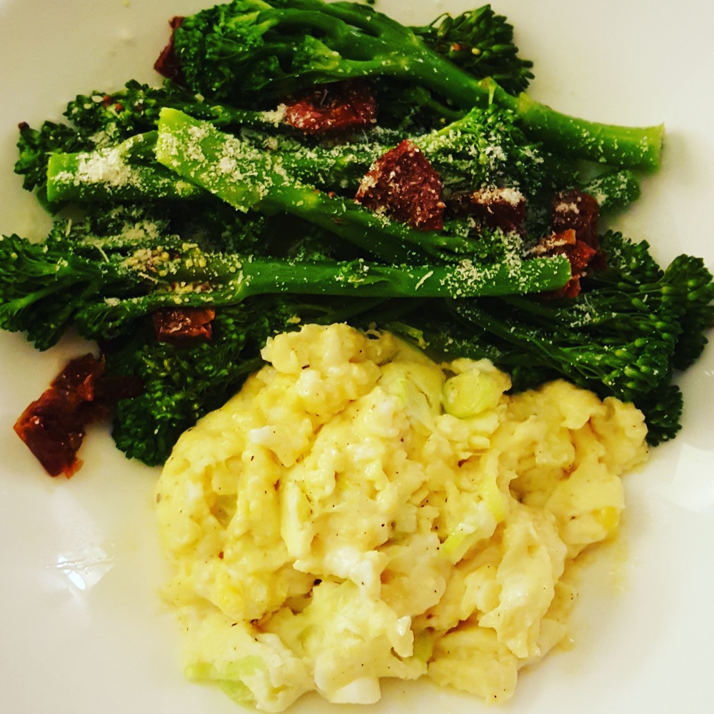Broccoli & scrambled eggs