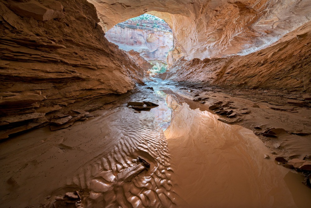 Mee Canyon Alcove.jpeg