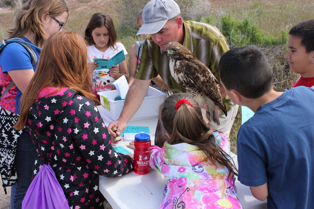 CCA volunteer, Mike Cerekas teaches 3rd grade students at the Bird Station!
