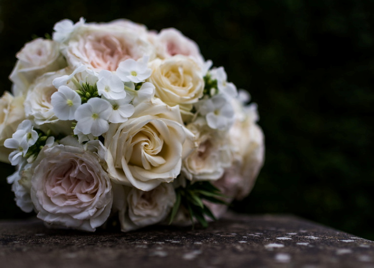 beautiful-wedding-bouquet-roses.png
