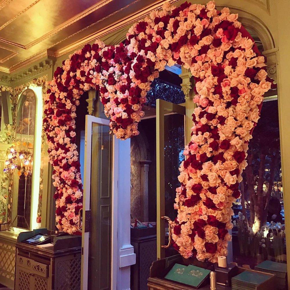 Annabels-grandirosa-valentines-flowers.jpg