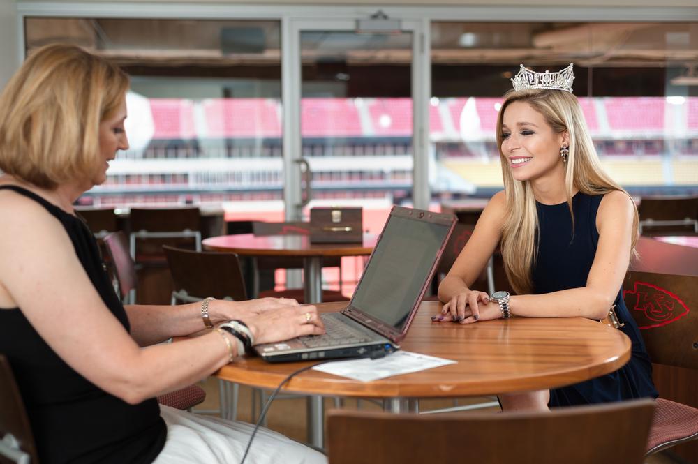 Miss America 2015, Kira Kazantsev, interviewed by Cindy McDermott for HerLife Magazine's September Spotlight | © Lauren Frisch Pusateri
