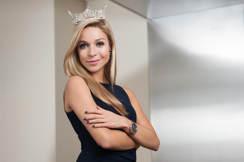 Miss America 2015, Kira Kazantsev, photographed for HerLife | © Lauren Frisch Pusateri