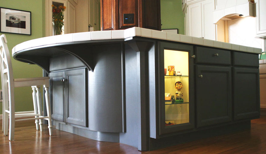 AB-Loft-kitchen-island-crop-web.jpg