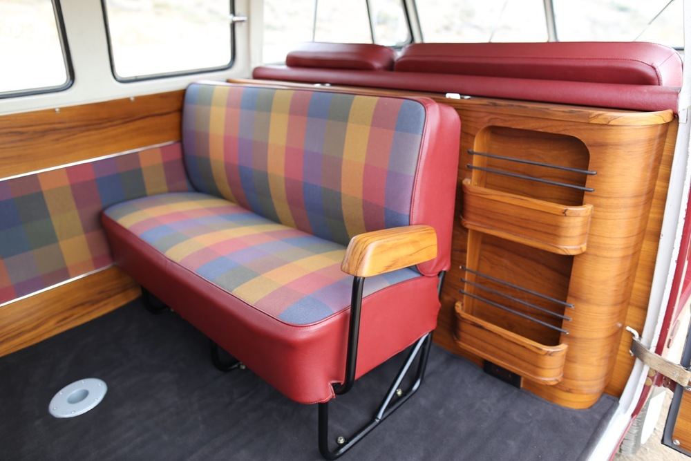 To Use This Vintage Patio Furniture Fabric Which Really Set A Cool Tone For The Interior Check Out Many Features ICON Added Bus Here