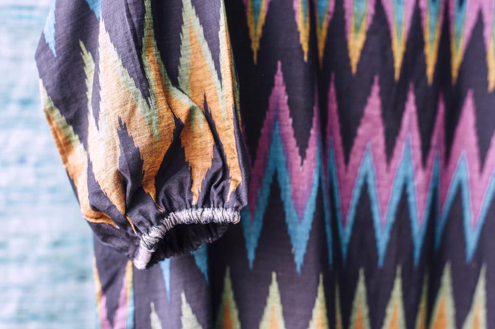 ubud-market-ikat-fabric-bali
