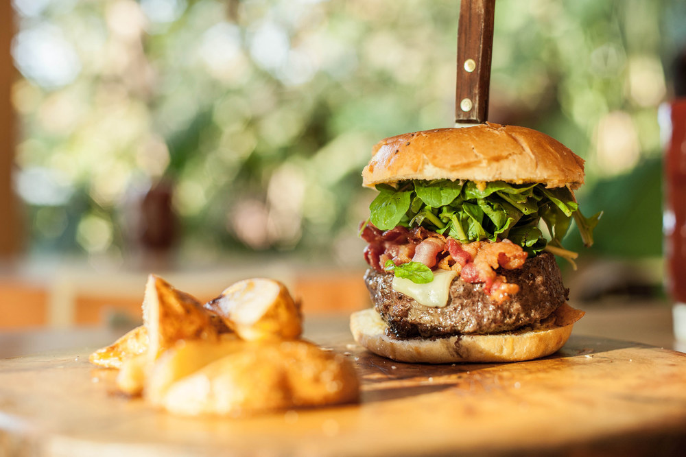 burgers-beer-nosara