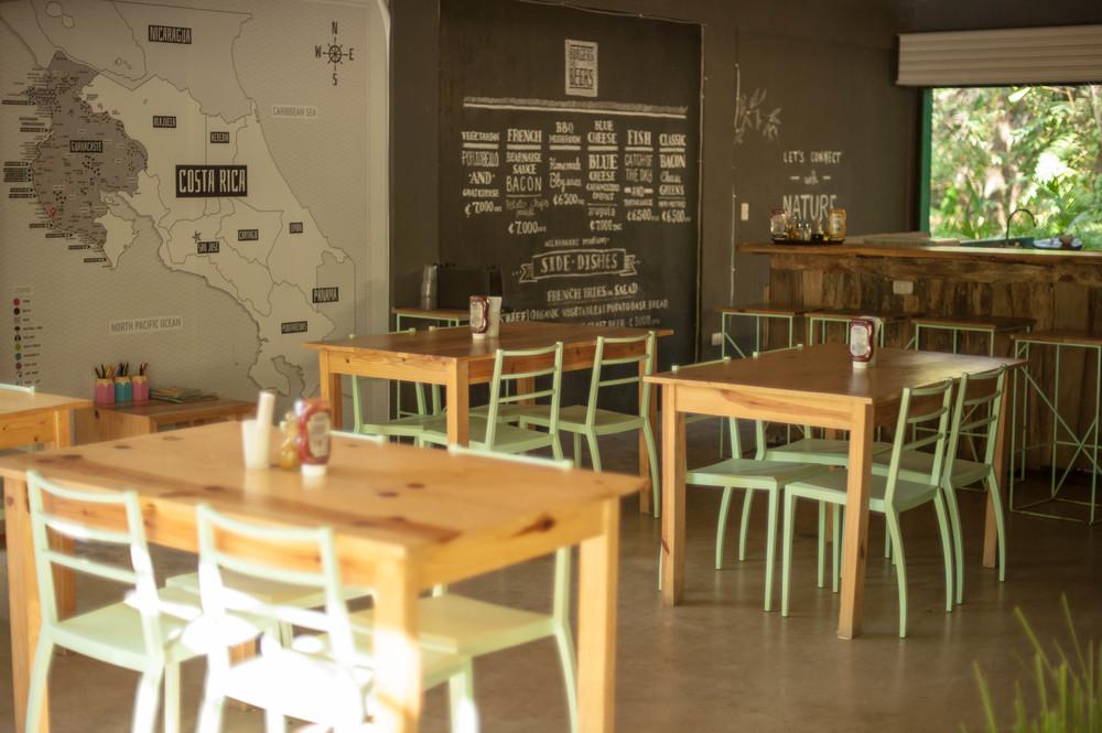 burgers-beer-nosara-restaurant