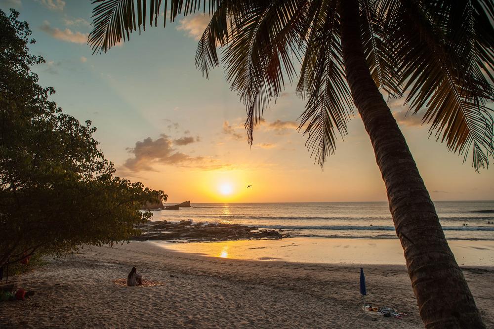 playa-pelada-beach-sunset-nosara