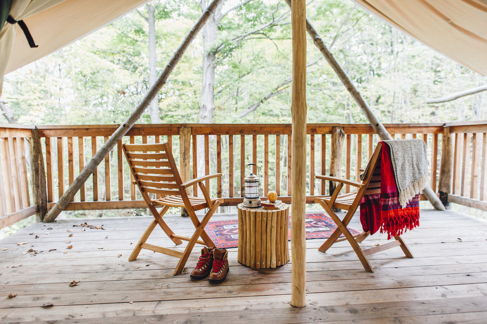 ithaca-new-york-glamping-firelight