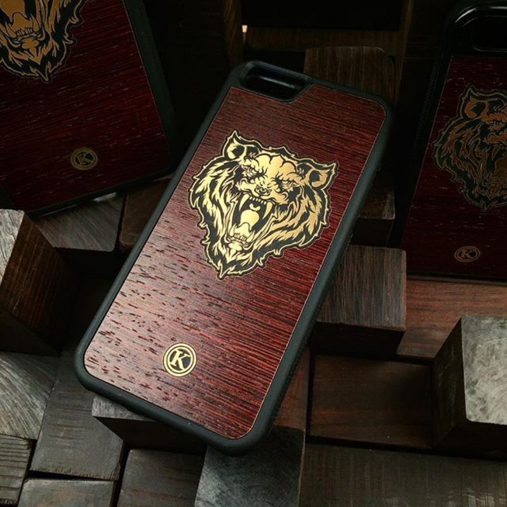 Tigre-case-Wood.jpg