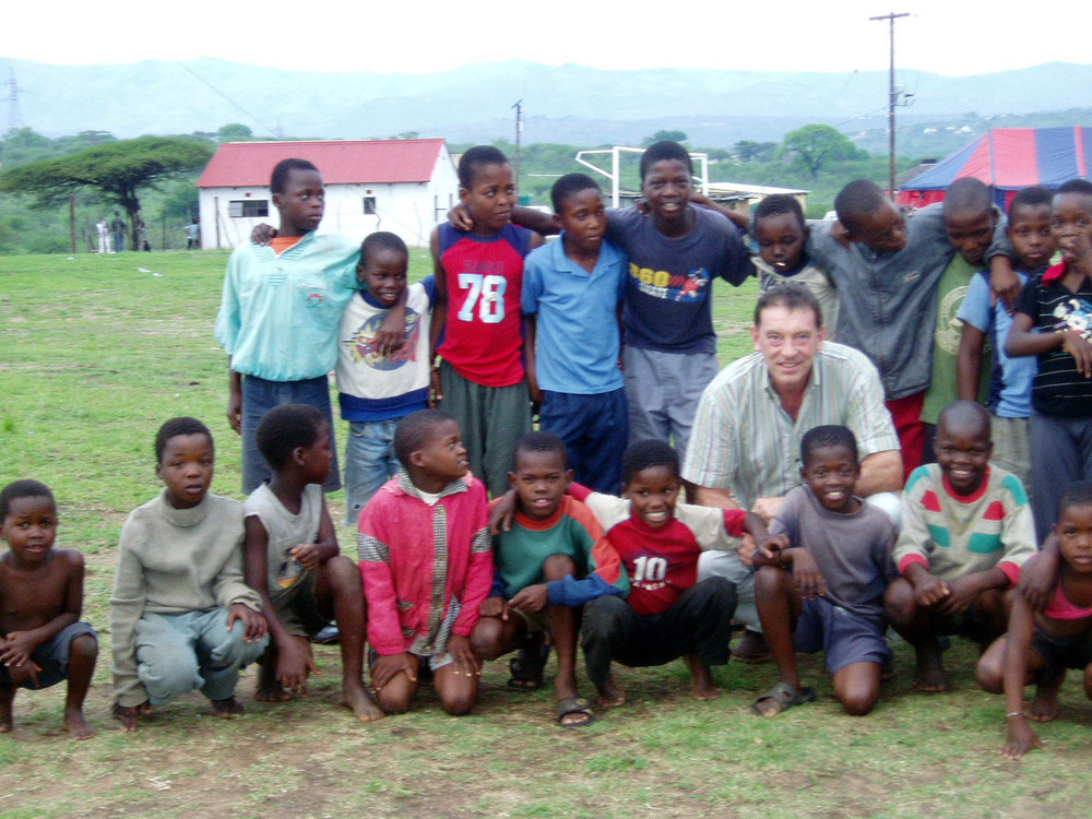 2006: The  Bambisanani Partnership  is formed