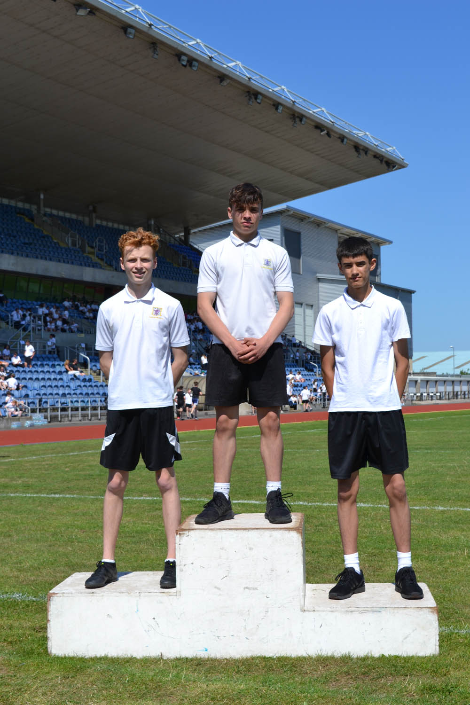 Year 9 Boys 200m